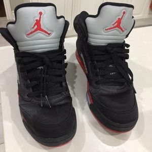 Other - Nike Jordan 5 Satin Bred